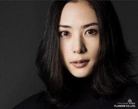 深津絵里が13年ぶりに連続ドラマに出演!デビュー35周年の心境とは?