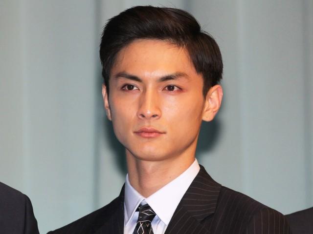 高良健吾が事務所設立25周年記念の映画に出演!40代に向けて大切にしたいものとは?